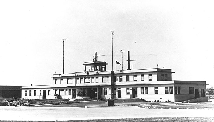old picture of Toronto airport