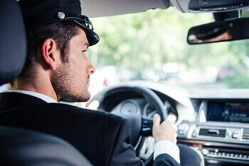 benefits-of-hiring-airport-limo